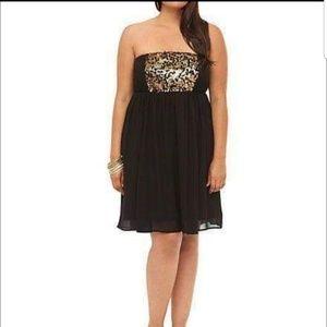 Torrid 3X Black Strapless Gold Sequined Dress